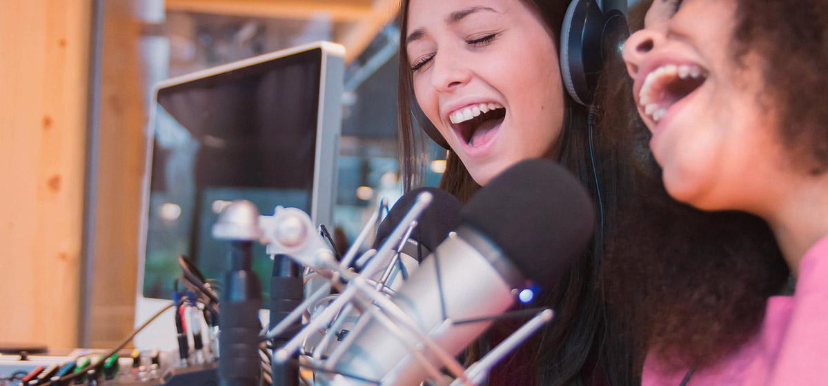 Día mundial de la radio: escuchando voces diversas